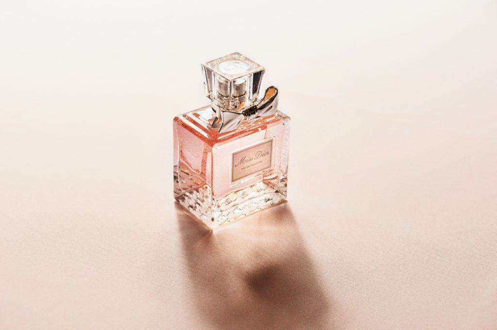 ded5b4f1e4a9e The Top 10 Best Perfume for Women in the World (2019) - Beautypert